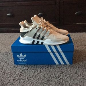 Lightly worn adidas shoes, size 6.5